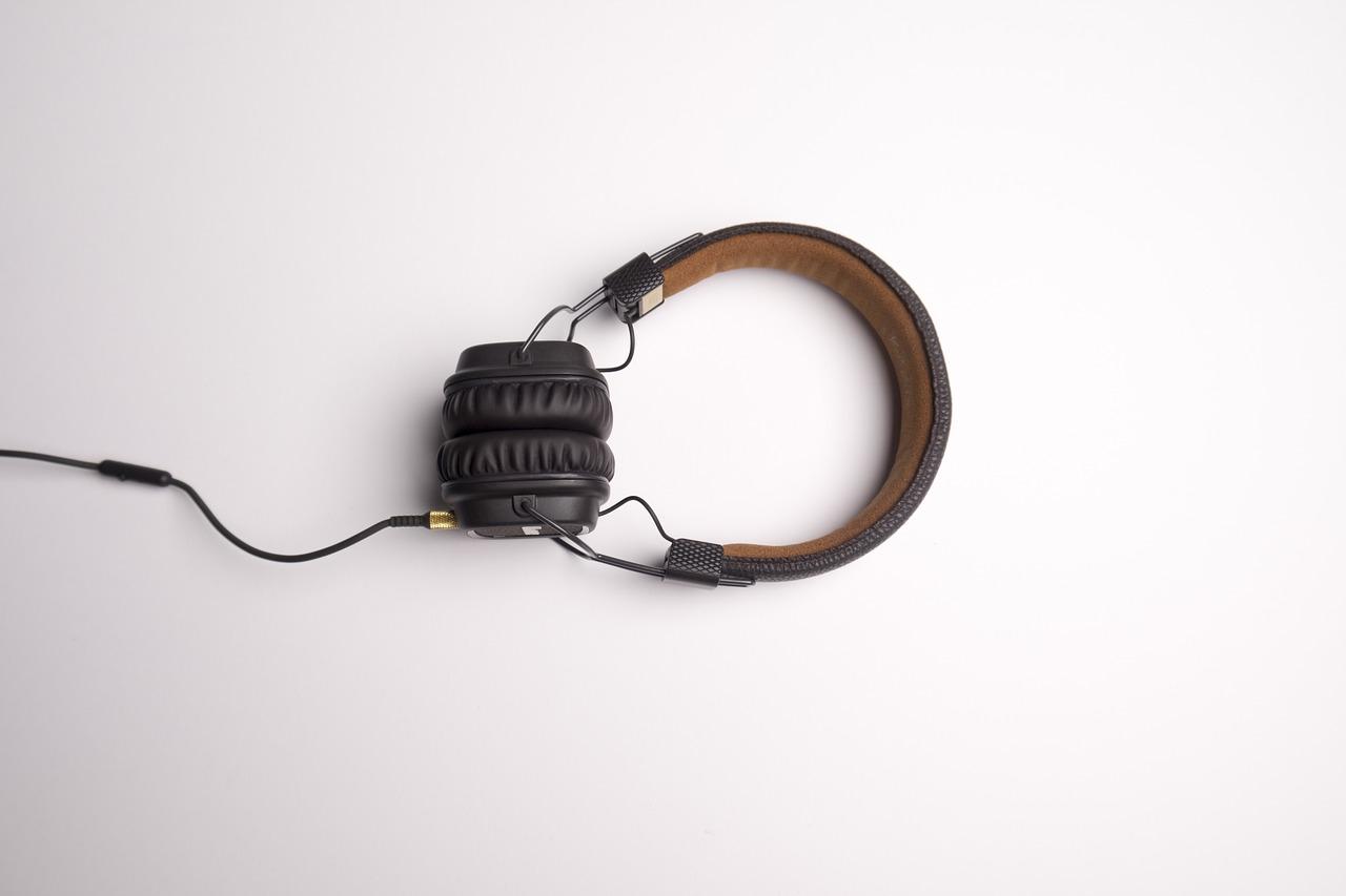 Przetworniki słuchawkowe - technologie wykonania.